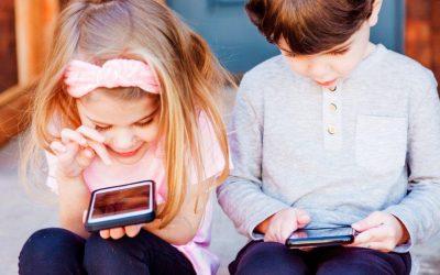 Οι οθόνες προκαλούν υπέρταση στα παιδιά